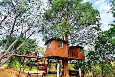 Treehouses On The Mountains, Farm to Breakfast
