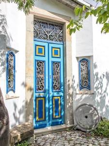 Lagar Azul a rebuilt olive oil mill - Moncarapacho