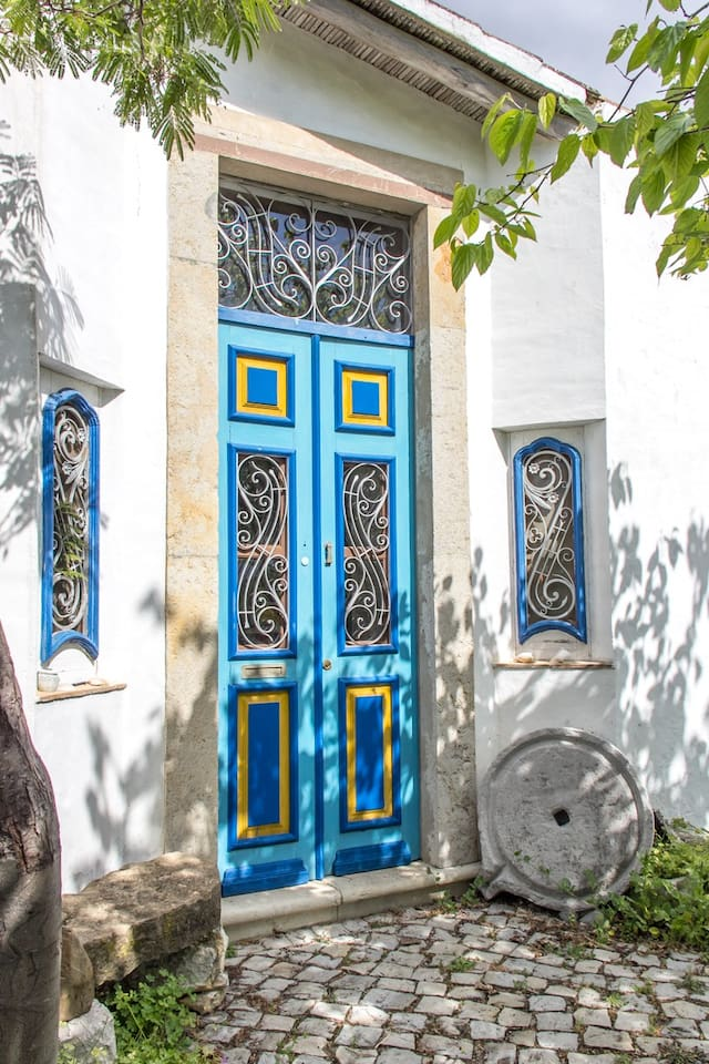 Typical Algarve door and the main entrance of Lagar Azul.