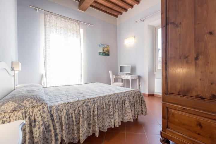 Room With A View on Tuscany - Podere San Giusto - Figline Valdarno - Villa