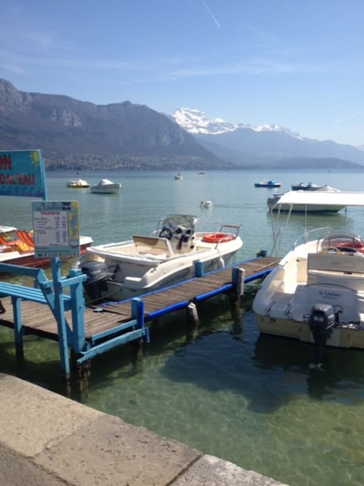 Lake view in Annecy