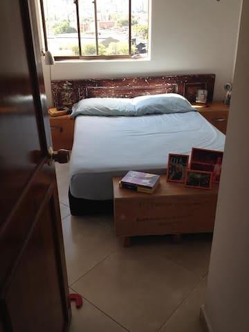 Tu hogar en Medellín - Envigado - Bed & Breakfast