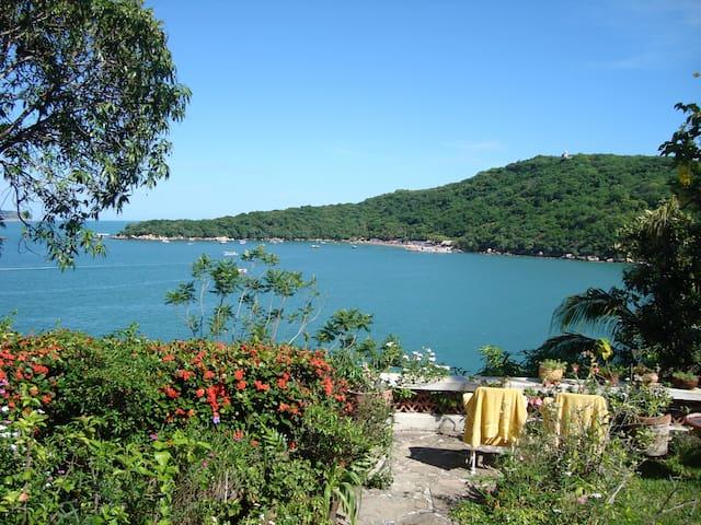 Beautiful Views & Private Ocean Access