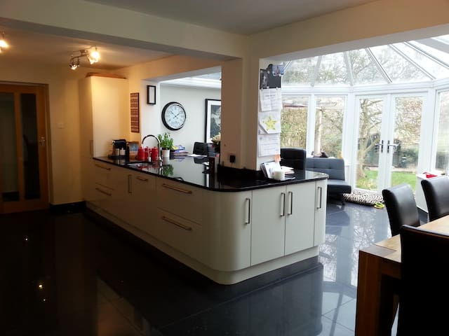 Spacious 4 bed countryside home - Cookham - Haus