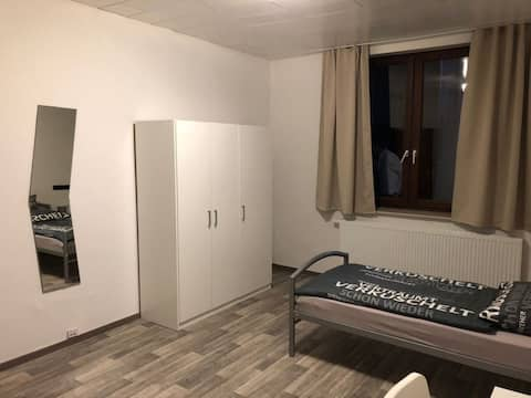 Gästezimmer frei Jülich - 1 Min zum Zentrum
