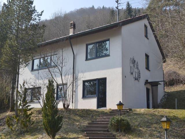 Moderne Ferienwohnung im Donautal