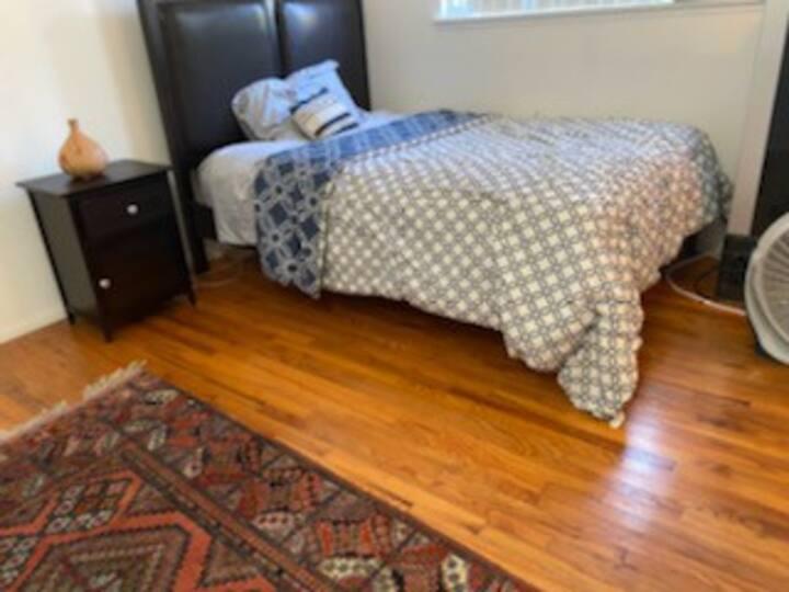 Master Bedroom: Vibrant San Diego Neighborhood