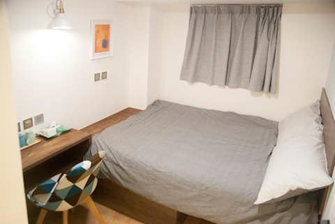New Modern Private Room in TST - 1 Min to MTR!