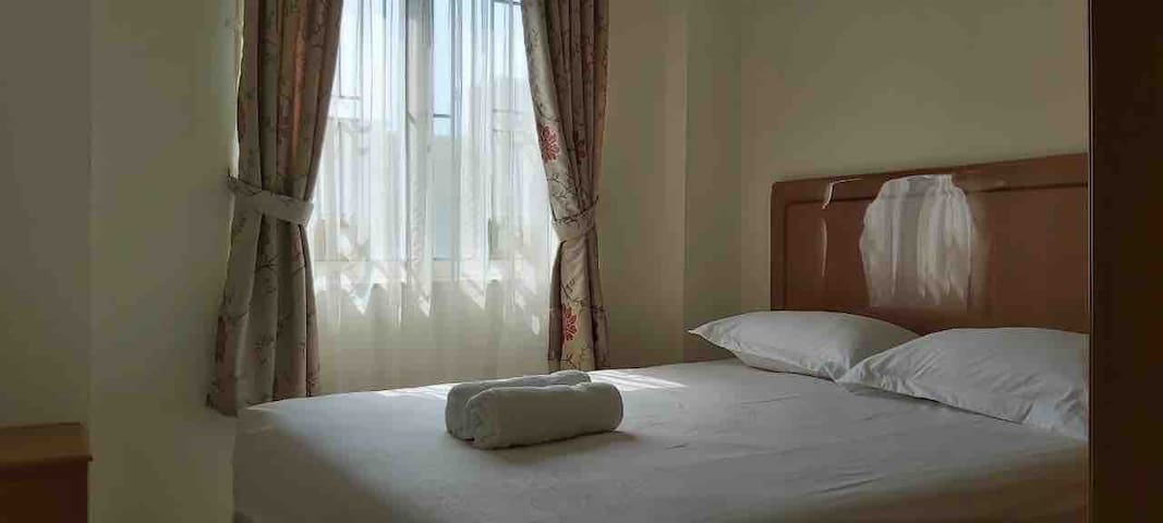2BR Homey, Near Airport, WIFI, CableTV, Lottemart