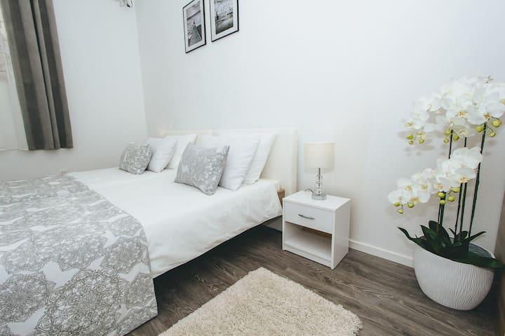 Standard Twin Room 1