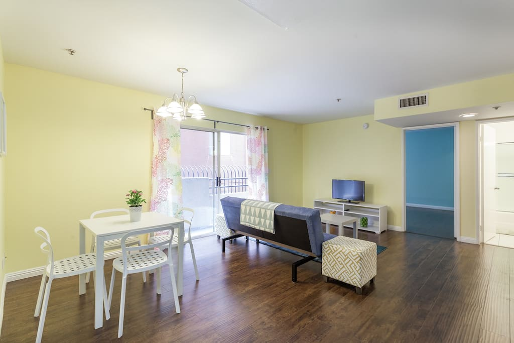 Cozy, cheery apartment perfect for up to 3 adults.