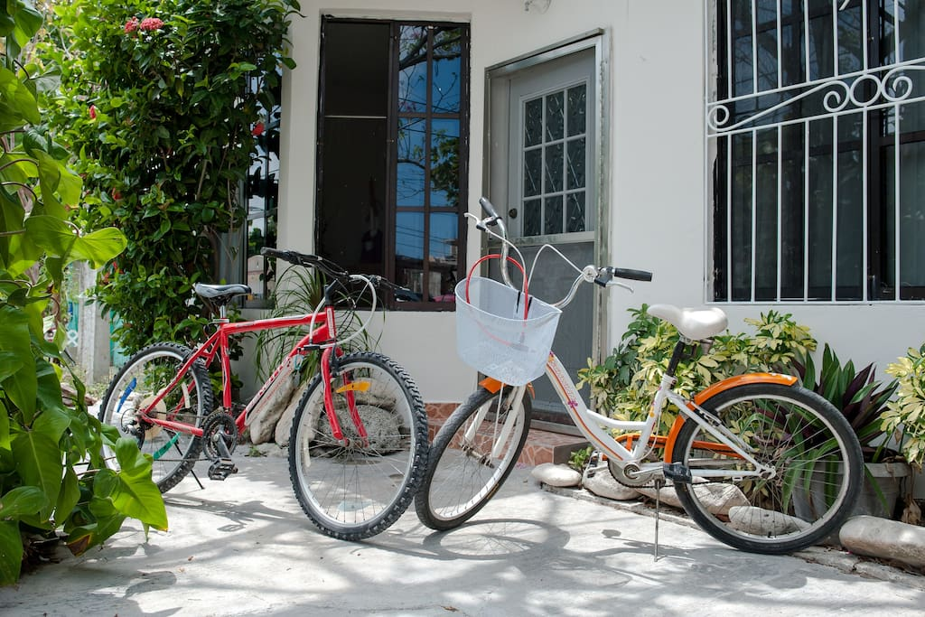 It includes 2 bicycles for you to go explore the town.