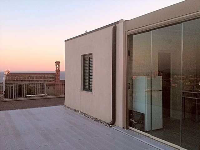 penthouse on the sea, the Etuschi c - Piombino
