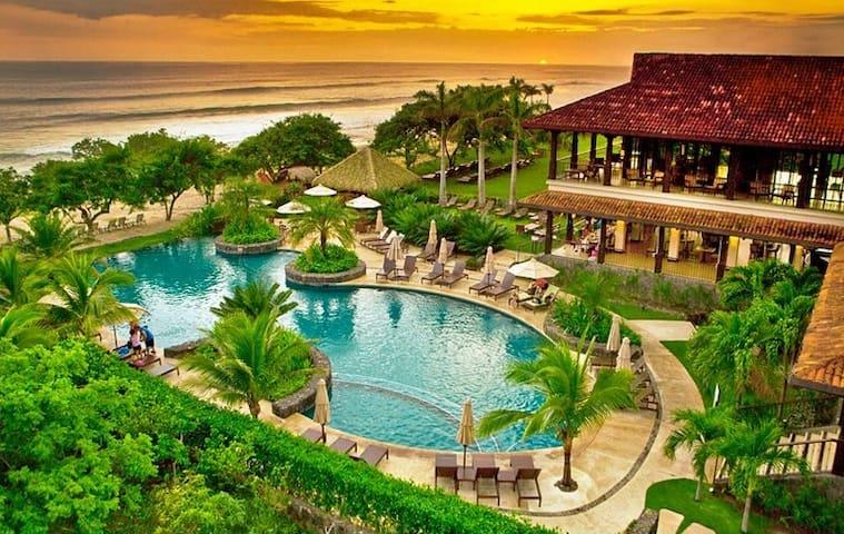 Luxury villa in hacienda pinilla villas for rent in for Luxury villas in costa rica