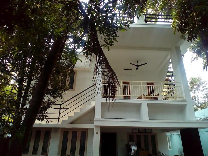 Villa Mattancherry 2BHK Entire Apartment