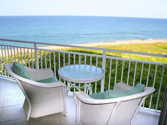 Oceanfront Paradise, Hutchinson Island
