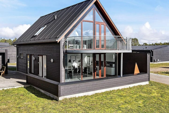 Comfy Holiday Home in Jutland near Sea