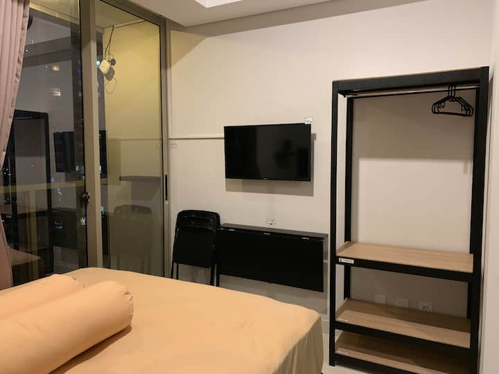 Cozy Suite @ City Center (TamanAnggrekResidences)