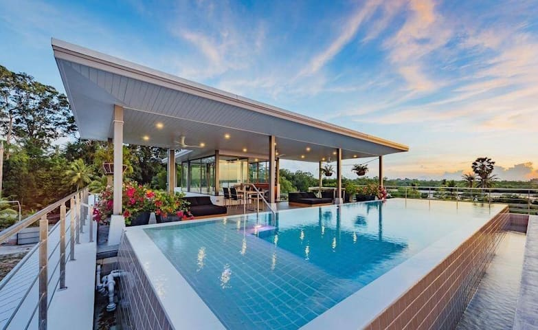 Super sea view Top Luxury Villa on Private beach