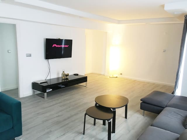 valence/ Alzira: luxury apartment + fast Wifi