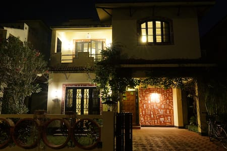 Rama Golden Roots- Shantiniketan Beautiful Bunglow