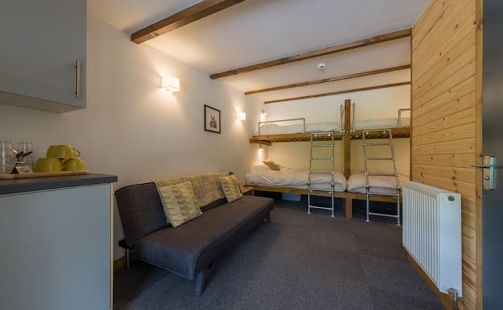 Harter - Unique Lake District Glamping Lodge