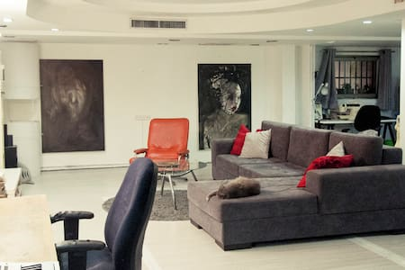 Cool and homy artists loft in Florentin - Tel Aviv-Yafo - Loft