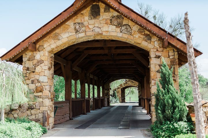 North Fort Worth Farm Retreat - Fort Worth - House