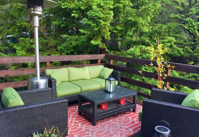 Peaceful Oakland Hills Retreat, avail Summer 2017 - Oakland - Rumah