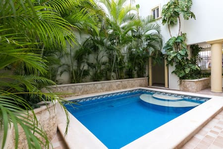 Condo available for the BPM for 4 - Playa del Carmen