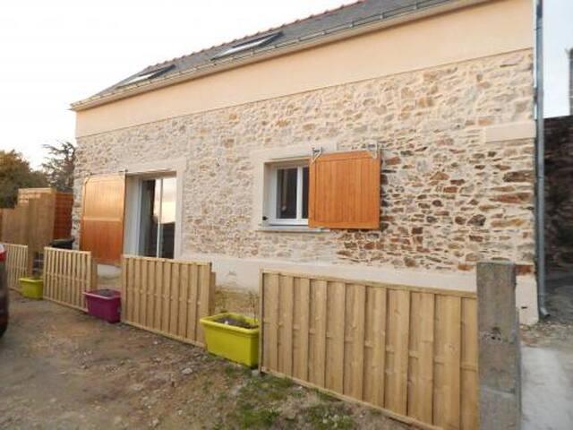 Grange à la campagne - La Chapelle-Launay