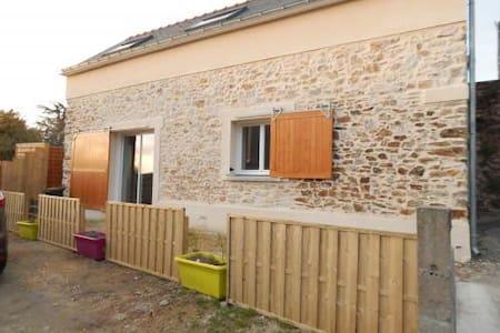 Grange à la campagne - La Chapelle-Launay - House