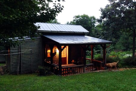Mountain Views, Rivers, & Wineries - House