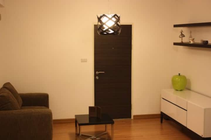 Modern and Fully Furnished Studio