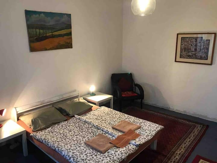Sofia Old Town Centre - great location/safe/clean