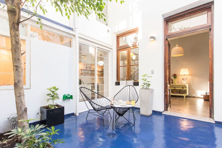 "GUACAMOLE ""house-like"" apartment"