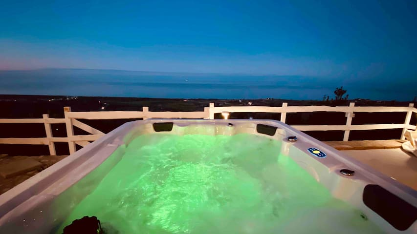 Boutique B&B with stunning sea views - double