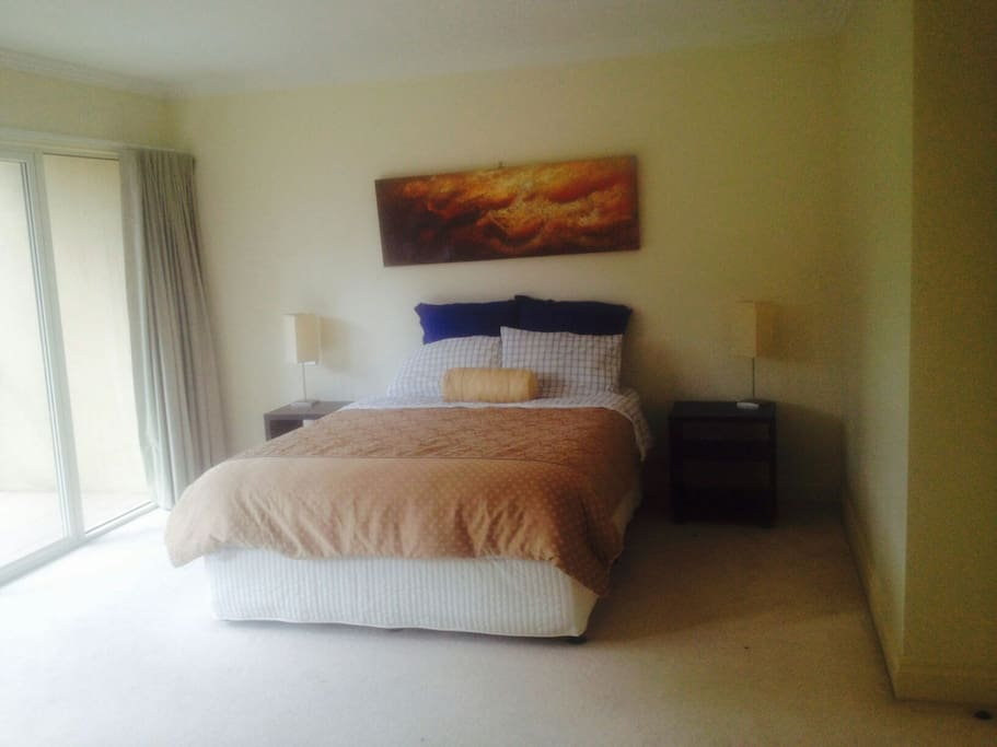 Rooms For Rent Melbourne Pets Allowed
