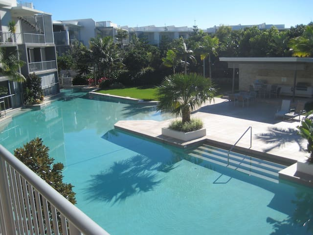 Luxury  3 bedroom unit in Casuarina - Casuarina - Apartamento