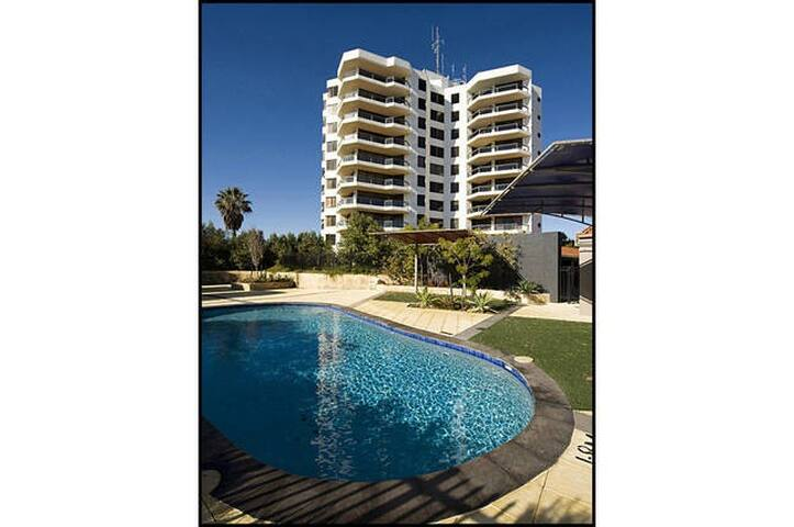 Family Friendly Ocean View Home - Halls Head - Wohnung