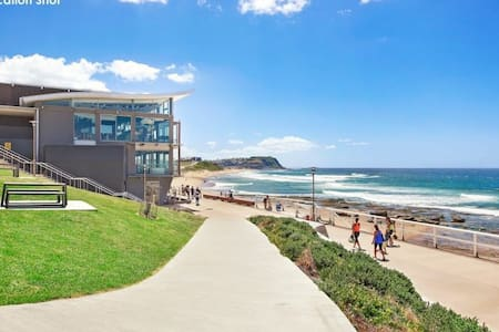 Clean, Comfy & Close to the Beach - Merewether - Lejlighed