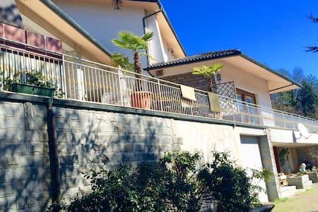 Villa indipendente sui colli - Monte San Giovanni - Ház
