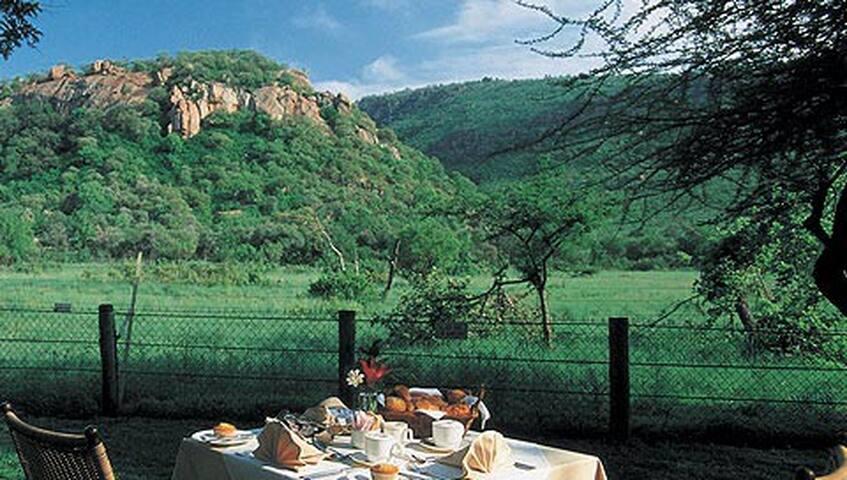 Cabana in Pilanesberg Game Reserve - Mogwase
