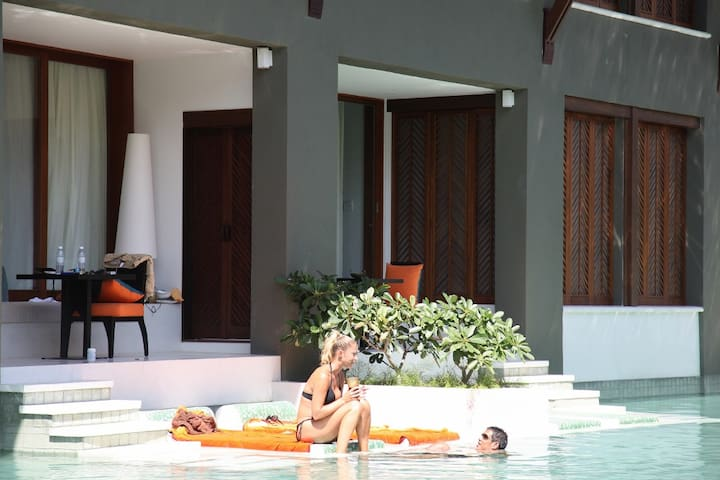 Samui Direct Pool Access Place!