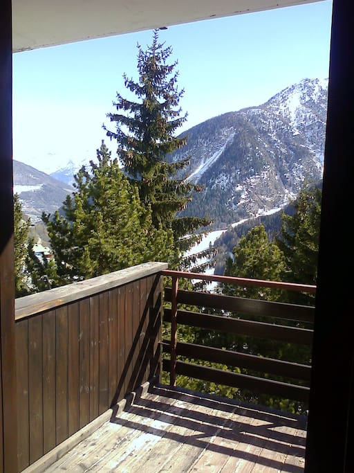 Access to the balcony