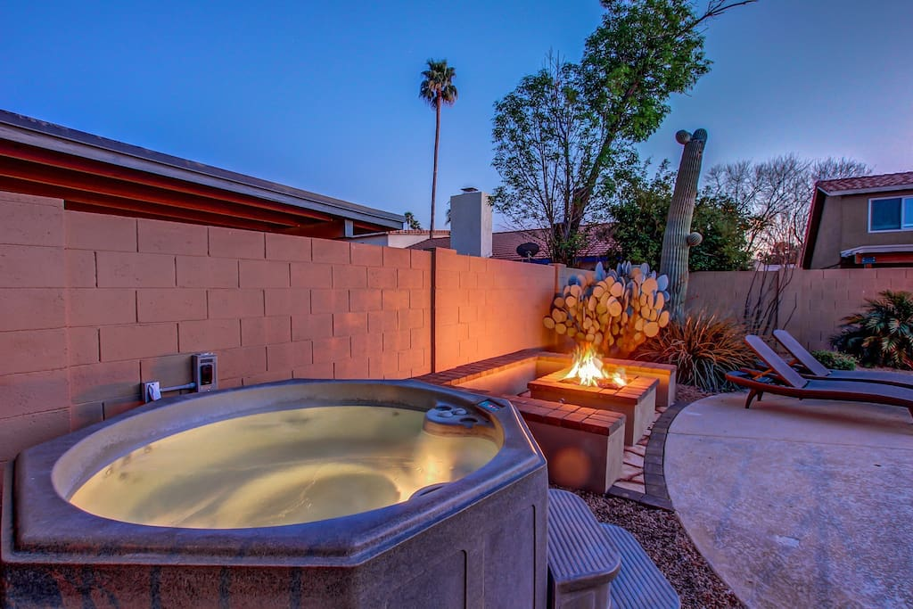 Hot Tub & Fire Pit Area Included.