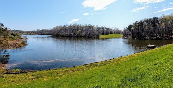 Lakeside Farm Retreat