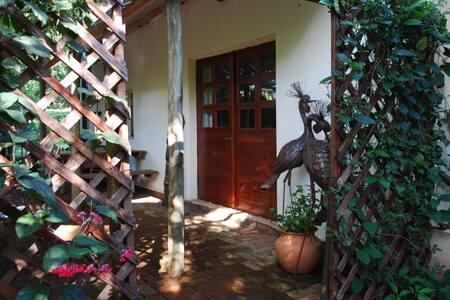Lovely garden setting apartment - Harare