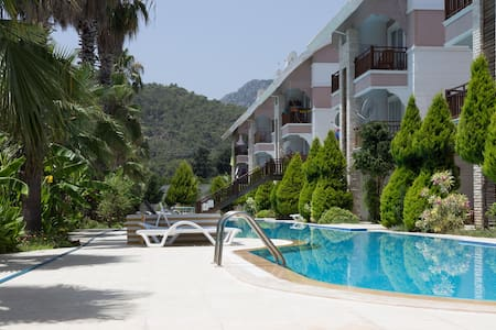 Room in Kemer 200 m from the beach - Kemer - Appartement