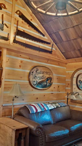 The Woodcarver's Studio Cabin - Huron-Kinloss - Cabane